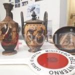 Reperti archeologici greci nascosti a Monte Orlando, il ritrovamento della polizia
