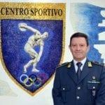 Il III Nucleo Atleti di Sabaudia saluta il Generale Romano, comandante del centro sportivo