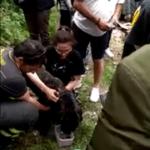Cane scomparso da 9 giorni: era in un dirupo. Il salvataggio dei vigili del fuoco – VIDEO