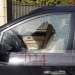 Intimidazione alla Baia D'Argento, danneggiata una macchina