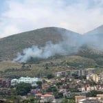 Formia, le colline bruciano: un incendio dietro l'altro – FOTO e VIDEO