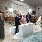 Torna a Sabaudia per i 50 anni di matrimonio, la storia