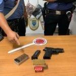 Pistola e munizioni detenute illegalmente, campano arrestato a Santi Cosma