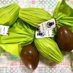 Il Comune regala uova di Pasqua ai bambini, ma non a tutti: esclusi in lacrime