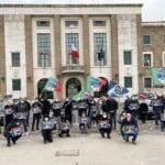 """""""Papà, non genitore 2"""", il flash mob di Fratelli d'Italia Latina"""