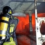 In fiamme l'ex caseificio Olivieri, nottata di passione per i vigili del fuoco