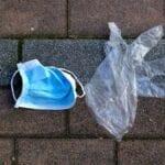 """Contro l'abbandono di guanti e mascherine, la proposta di """"Fondi Vera"""" all'amministrazione"""