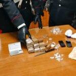 Sorpreso dai carabinieri con hashish e cocaina: 56enne di Fondi arrestato