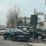 Fondi, incidente sulla provinciale per Lenola: si scontrano due vetture