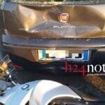 Incidente sul cavalcavia della Flacca, si scontrano moto e auto