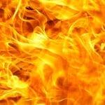 Itri, fuoco a rifiuti speciali su terreno agricolo: denuncia e sequestro dell'area