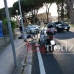 Scontro tra bici e scooter, ferita una donna